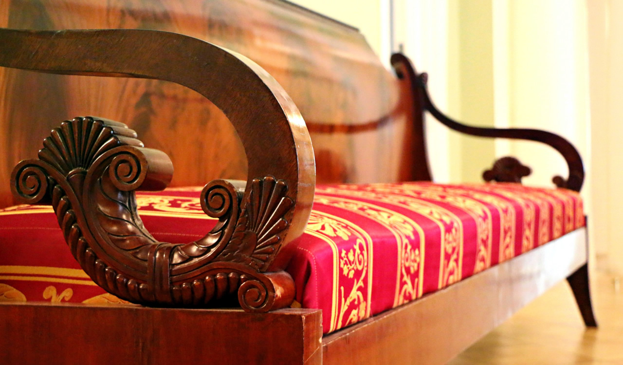 Spot Plus cleans and repairs furniture and upholstery, including fine fabrics and antiques.